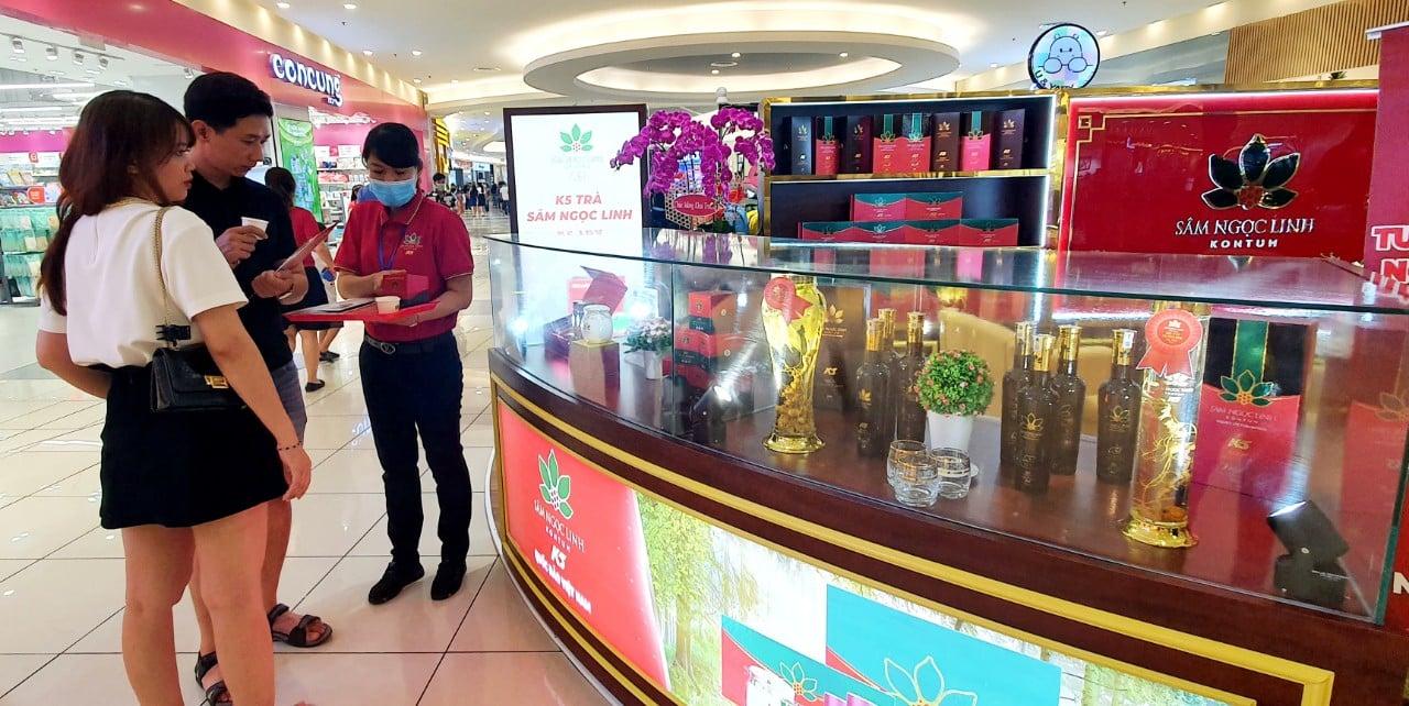 Sản phẩm được chiết xuất sâm Ngọc Linh K5, tuy mới đưa ra thị trường nhưng đã được nhiều khách tin tưởng đón nhận, đánh giá cao.