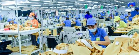 Cơ hội cho doanh nghiệp sản xuất và cung ứng thiết bị bảo vệ cá nhân trong Đại dịch Covid-19