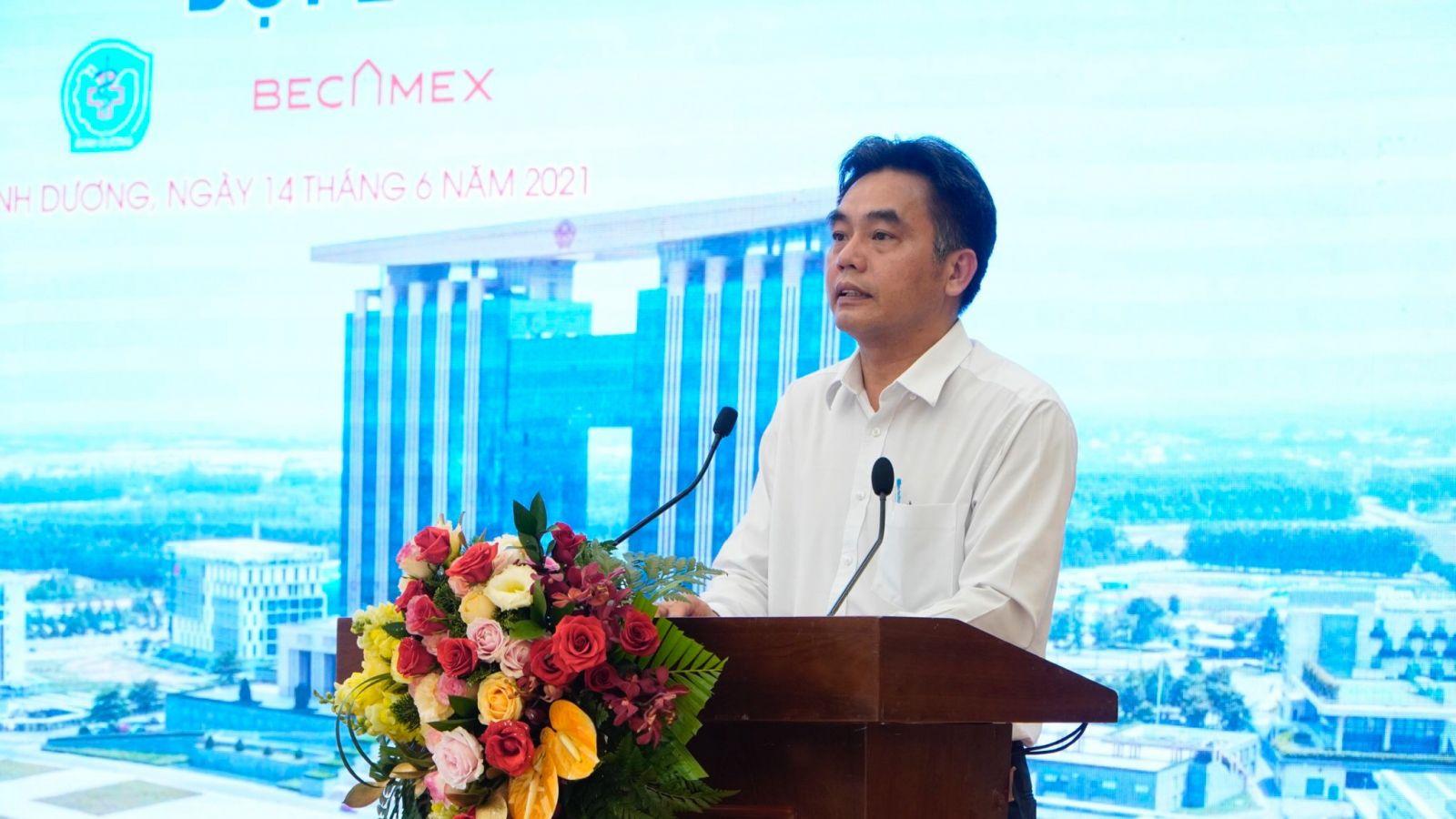 Ông Nguyễn Lộc Hà, Ủy viên Thường vụ Tỉnh ủy, Phó Chủ tịch UBND tỉnh phát biểu tại buổi lễ.
