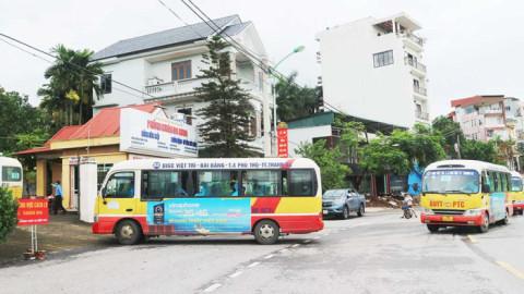 Đón 62 công dân từ tâm dịch Bắc Giang trở về Phú Thọ