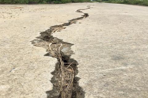 Thanh Hóa: Đê sông Bưởi hư hỏng trước mùa mưa lũ