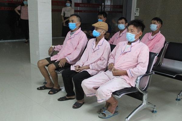 Bệnh nhân về điều trị tại Bệnh viện tăng cao trong đợt dịch Covid-19
