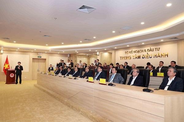 Lãnh đạo Chính phủ cùng lãnh đạo các Bộ, ngành tham quan Trung tâm điều hành của Bộ Kế hoạch và Đầu tư