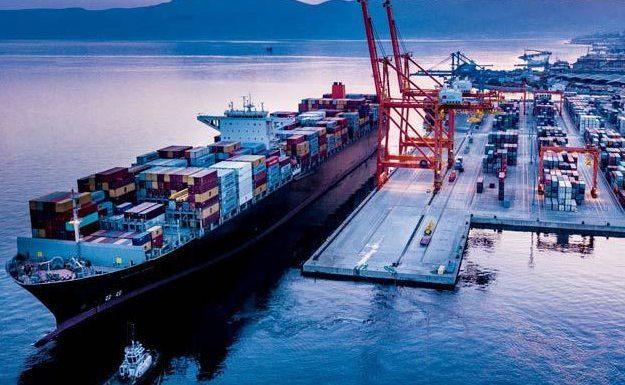 Khó có thể lùi thời gian thu phí hạ tầng cảng biển ở TP.HCM