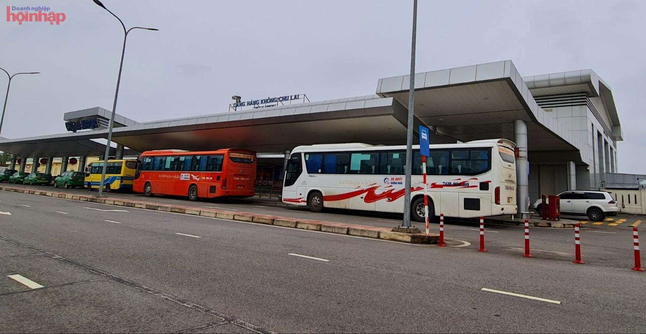 Đề xuất lựa chọn nhà đầu tư có năng lực tài chính, có tầm nhìn chiến lược để quy hoạch và đầu tư sân bay Chu Lai trở thành một trong những sân bay hiện đại.