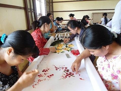 Ninh Bình: Hỗ trợ doanh nghiệp xây dựng mô hình trình diễn kỹ thuật
