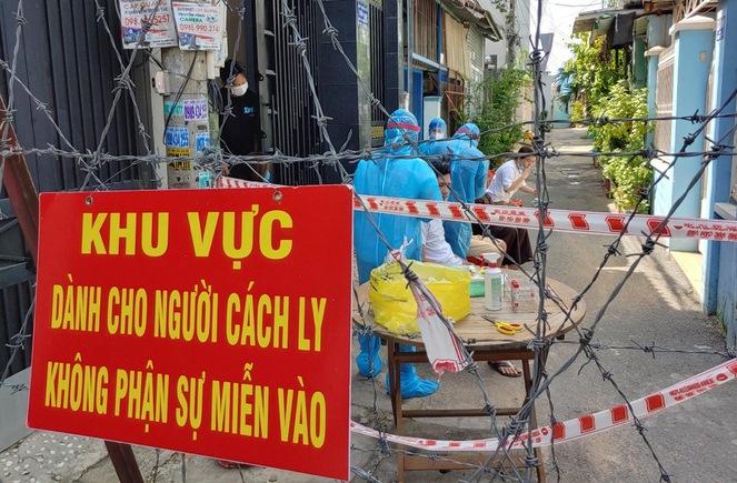 TP.HCM yêu cầu người dân bình tĩnh, yên tâm, ủng hộ các biện pháp phòng, chống dịch