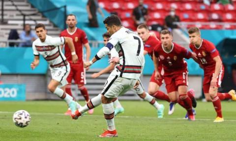 Ronaldo đi vào lịch sử Euro, Bồ Đào Nha hạ Hungary 3-0 trong 10 phút cuối trận