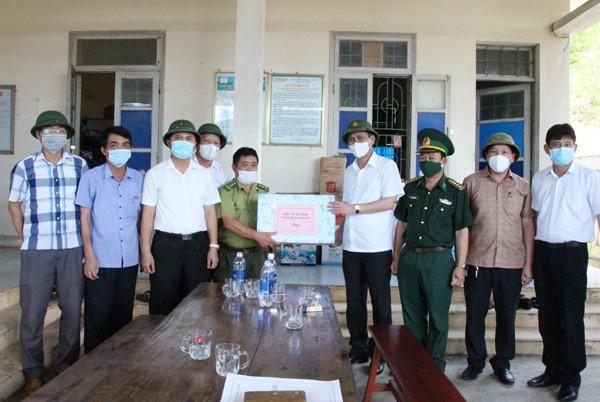 Quảng Bình: Chủ tịch UBDN tỉnh kiểm tra hoạt động phòng, chống dịch tại huyện Quảng Trạch