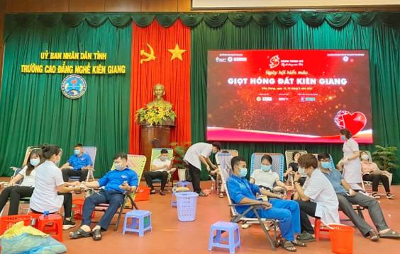 Kiên Giang: Hành trình đỏ tiếp nhận trên 1.600 đơn vị máu