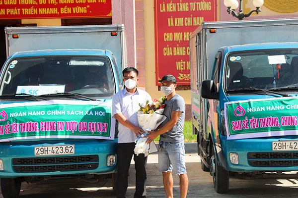 Ngân hàng Chính sách Xã hội chung tay hỗ trợ tiêu thụ vải thiều Bắc Giang