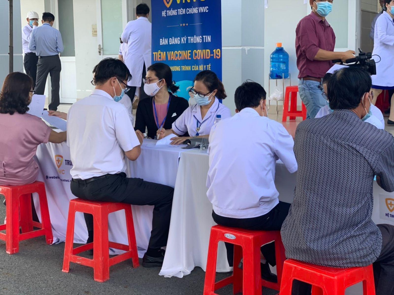 Tỉnh Bà Rịa - Vũng Tàu có gần 1 triệu người đăng ký mua vắc xin covid-19