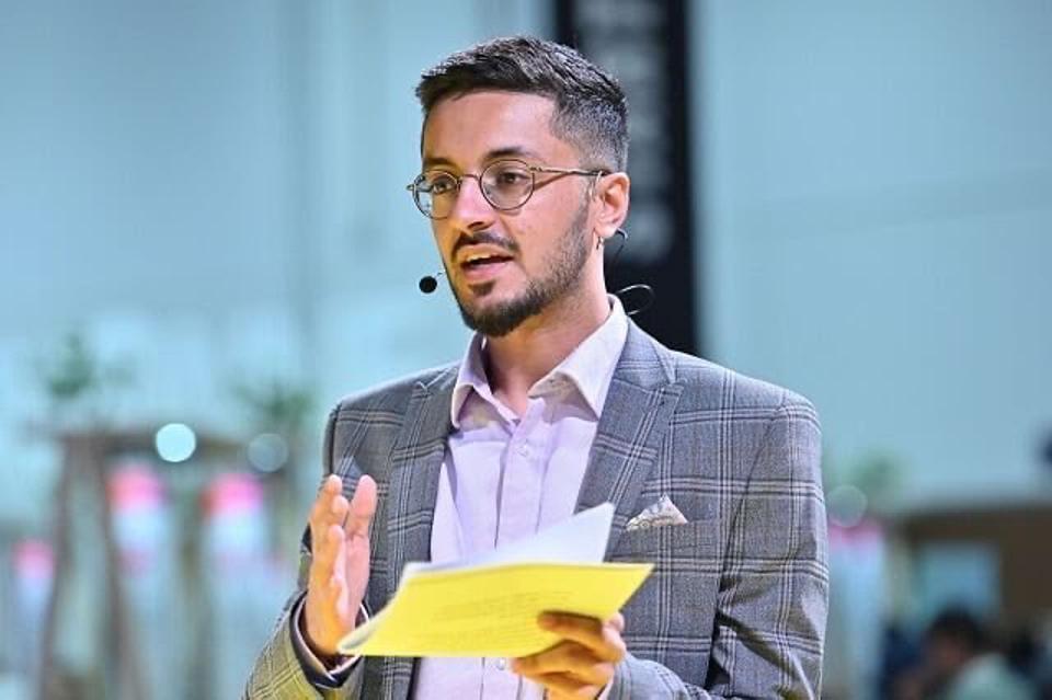 Akshay Ruparelia được biết đến như một triệu phú tự thân trẻ tuổi nhất nước Anh nhờ vào việc bán bất động sản trực tuyến. Nguồn: Internet