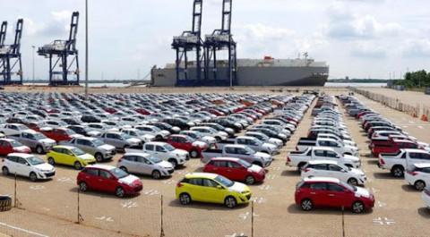 Bất chấp dịch Covid-19, ôtô nguyên chiếc nhập khẩu vẫn tăng mạnh