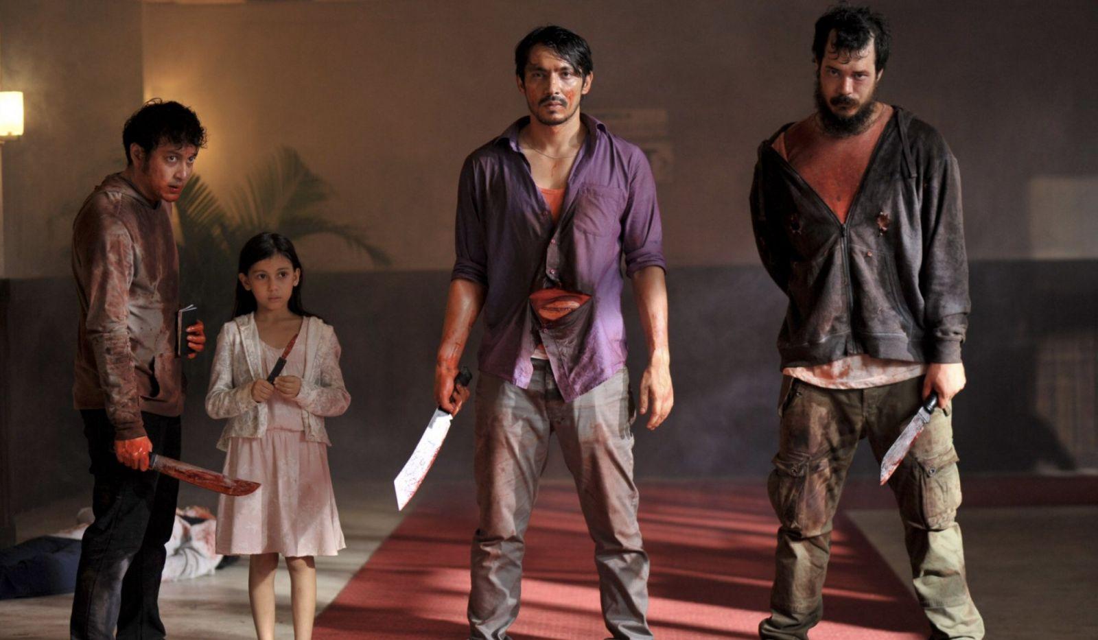 bộ phim kinh dị hành động The Night Comes For Us (Màn đông kéo đến) , một bản gốc của Netflix từ Indonesia được toàn thế giới đón nhận.