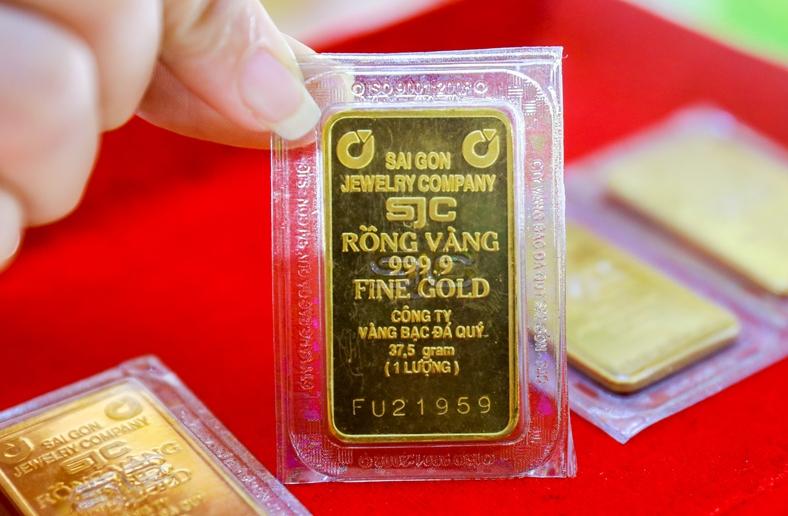 Hôm nay giá vàng SJC tăng vượt 57 triệu đồng/lượng