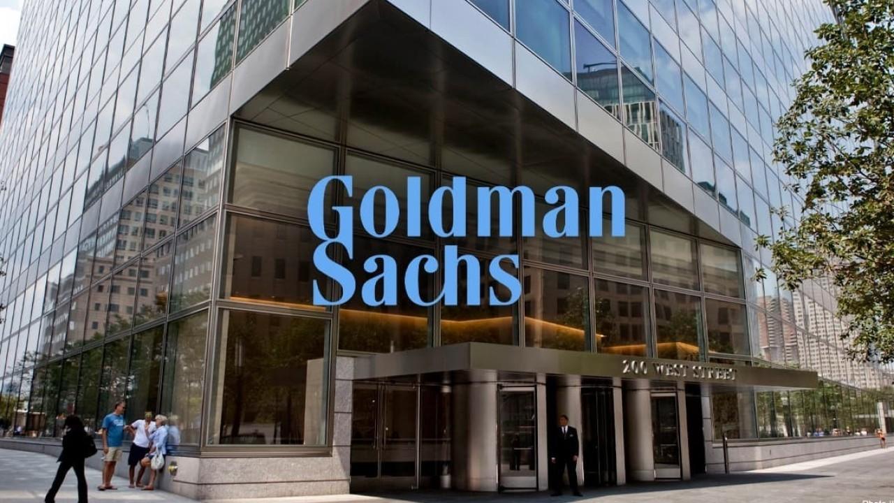 Goldman Sachs - một ngân hàng đầu tư đa quốc gia, tham gia vào các nghiệp vụ ngân hàng đầu tư, chứng khoán, quản lý đầu tư, và các dịch vụ tài chính khác