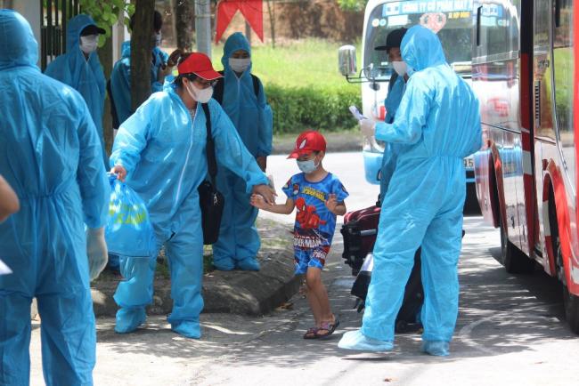 205 Công nhân đã được đón về Phú Thọ và tiếp tục thực hiện cách ly theo quy định