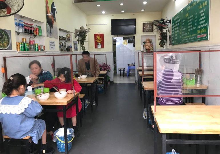 Hà Nội cho phép mở cửa trở lại dịch vụ ăn uống, cắt tóc gội đầu từ 0h ngày 22/6