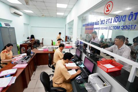 TP.HCM tạm ngừng tiếp nhận đăng ký xe mới từ ngày 22-6