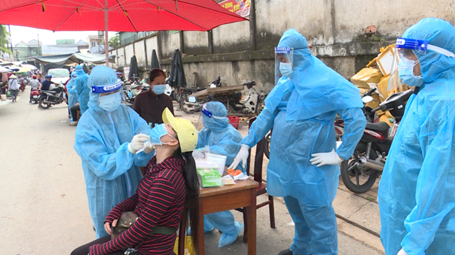 Đoàn công tác Bộ Y tế kiểm tra công tác phòng chống, dịch tại Bình Dương