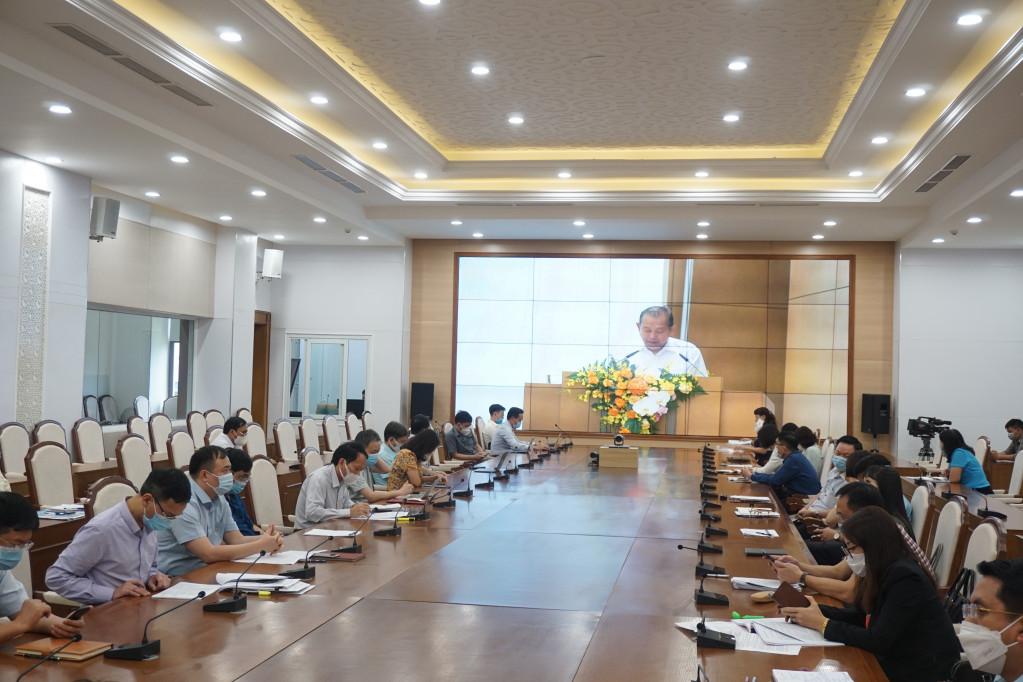 Quang cảnh hội nghị tại điểm cầu Quảng Ninh.