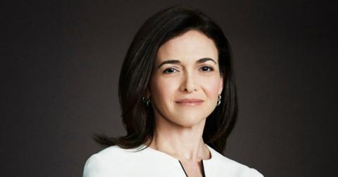 Sheryl Sandberg - đóa hồng quyền lực đứng sau đế chế Facebook: Lãnh đạo là làm cho người khác trở nên tốt hơn dù có mặt ở đó hay không