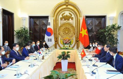 Thủ tướng: Việt Nam-Hàn Quốc hướng tới mục tiêu kim ngạch thương mại 100 tỷ USD