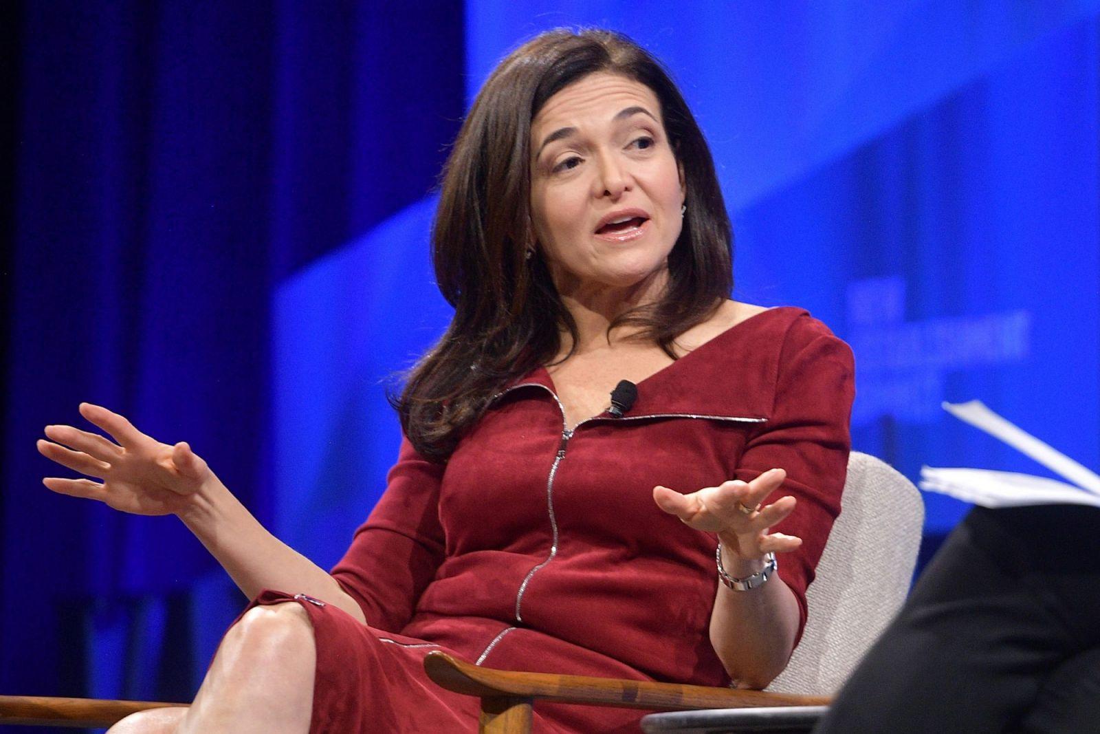 Sheryl Sandberg - đóa hồng quyền lực đứng sau đế chế Facebook