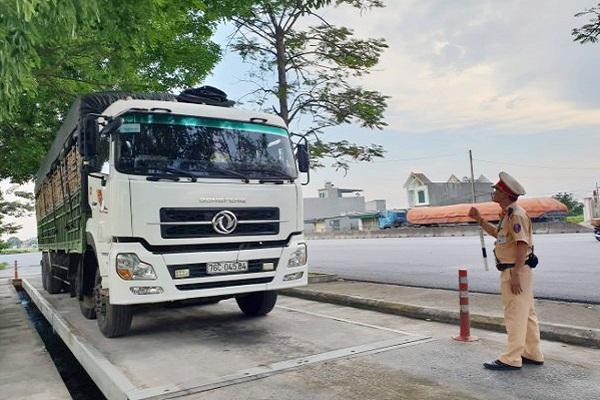 Lực lượng CSGT Thanh Hóa ra quân thực hiện Mệnh lệnh của Giám đốc Công an tỉnh Thanh Hóa