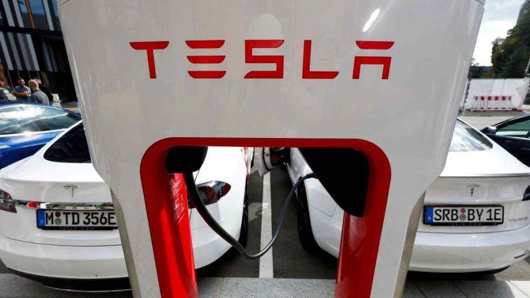 Panasonic đã bán lại toàn bộ cổ phần của mình trong Tesla với tư cách là đối tác