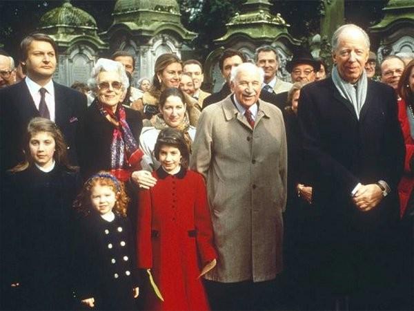 Gia tộc Rothschild trong thực tế được biết đến là gia tộc hàng đầu trong lĩnh vực tài chính ngân hàng. Nguồn ảnh: Internet