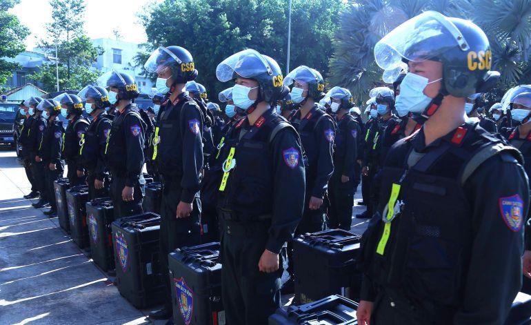 300 cán bộ, chiến sĩ được Bộ Công an điều động chi viện cho Bình Dương phòng, chống dịch COVID-19