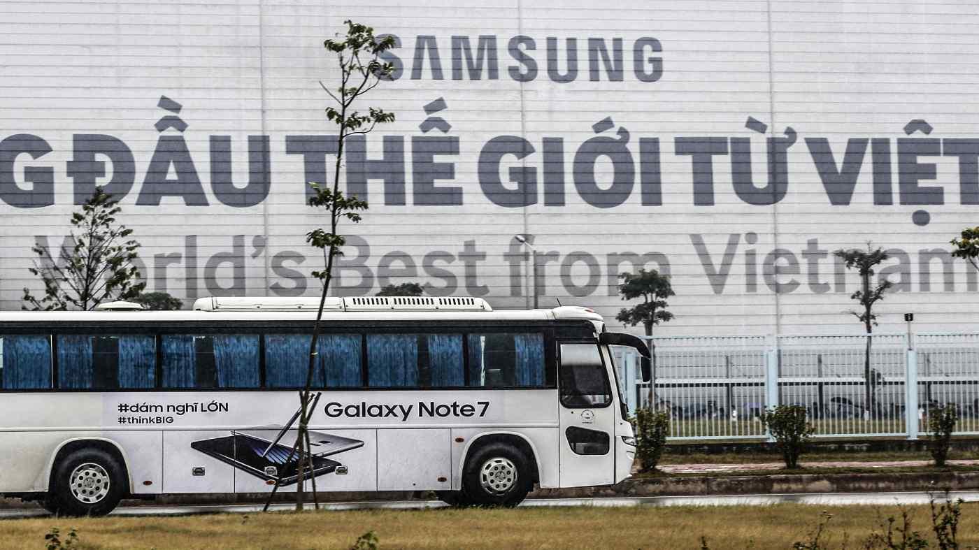 Một nhà máy của Samsung tại Việt Nam: Quốc gia Đông Nam Á sản xuất một nửa số điện thoại thông minh của công ty Hàn Quốc. © Reuters