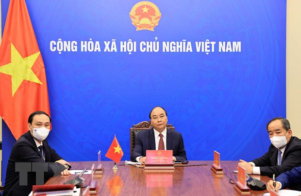 Chủ tịch nước Nguyễn Xuân Phúc làm việc trực tuyến với Chủ tịch Hội Hữu nghị Hàn-Việt