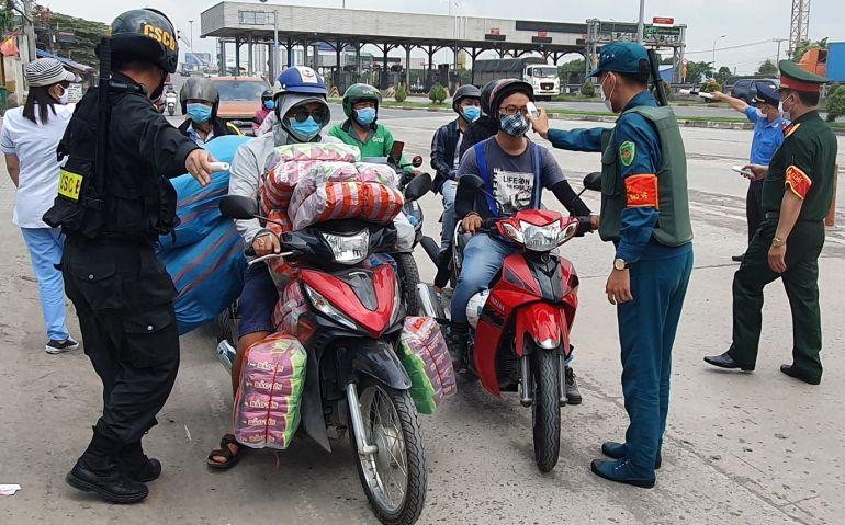 Di chuyển từ TP.HCM, Bình Dương đến Đồng Nai phải có giấy xét nghiệm âm tính