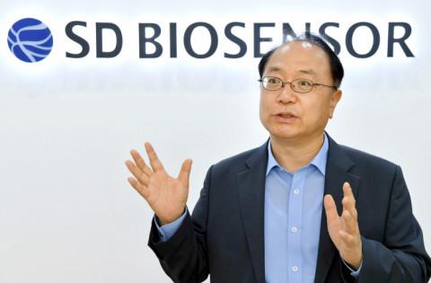 CEO Hàn Quốc sắp trở thành tỷ phú nhờ bán bộ xét nghiệm nhanh Covid-19