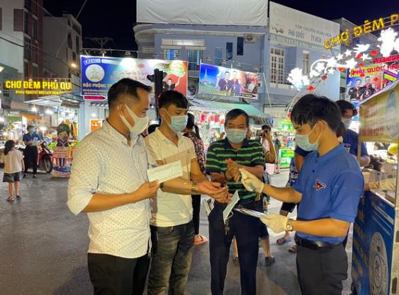 Phú Quốc phấn đấu 100% người dân được tiêm vắc xin ngừa Covid-19