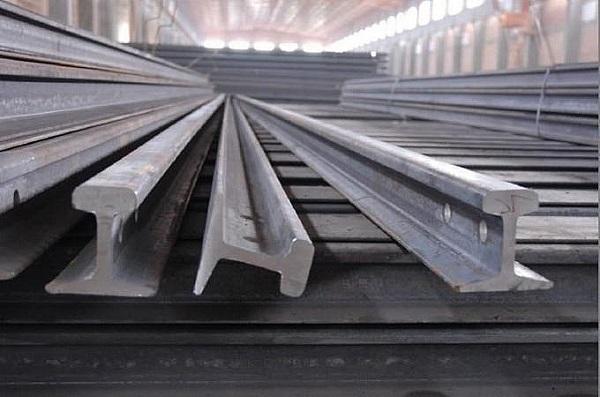 Doanh nghiệp cần biết: Hướng dẫn nhập khẩu và phân loại mặt hàng ray thép đã qua sử dụng