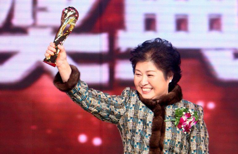 """Nữ tỷ phú đầu tiên của Trung Quốc: Ôm mộng """"xanh"""", xây ước mơ từ giấy vụn"""