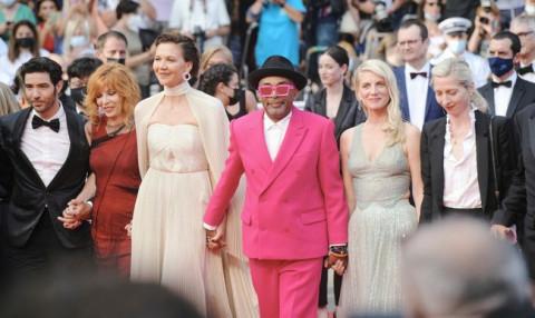"""Liên hoan phim Cannes: Khi """"ồn ào"""" làm thành """"thương hiệu"""""""