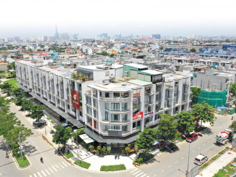 Giá đất để xây nhà liền thổ tại TP Hồ Chí Minh gấp 2-3 lần các tỉnh vùng ven