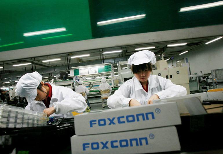 Xưởng đúc Trung Quốc cạnh tranh đơn đặt hàng iPhone 13 với Foxconn