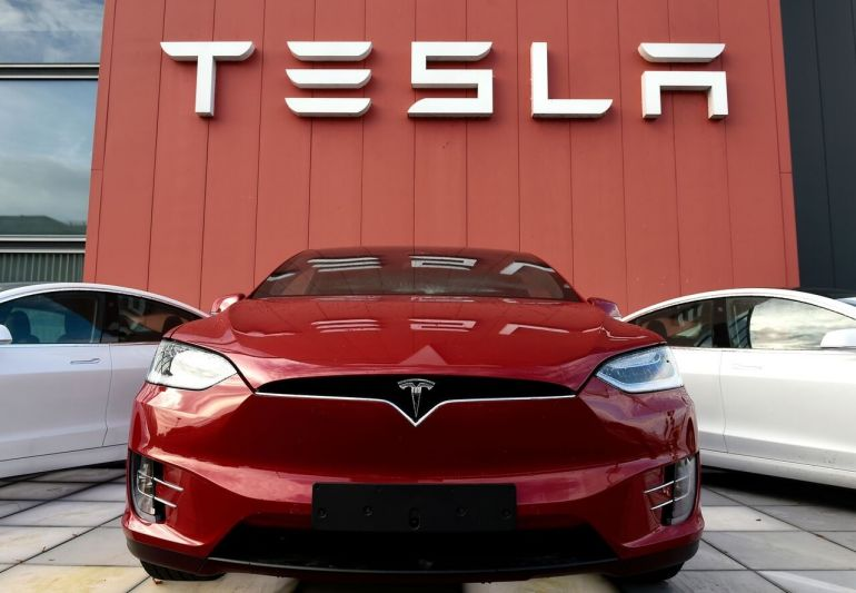 Tesla giảm giá sâu tại Trung Quốc, ai sẽ là người bị ảnh hưởng?