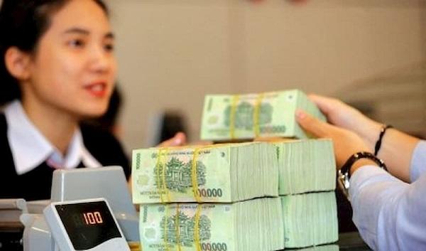 Yêu cầu các tổ chức tín dụng giảm lãi suất trong tháng 7