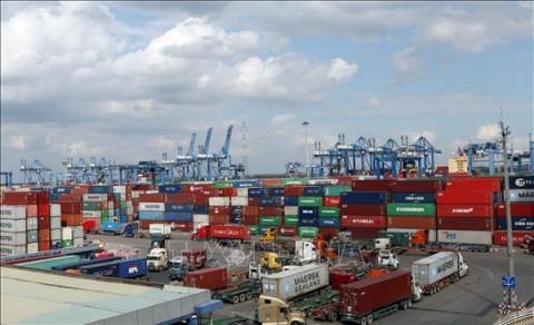 Xuất nhập khẩu 2021, nhiều khả năng cán mốc 600 tỷ USD