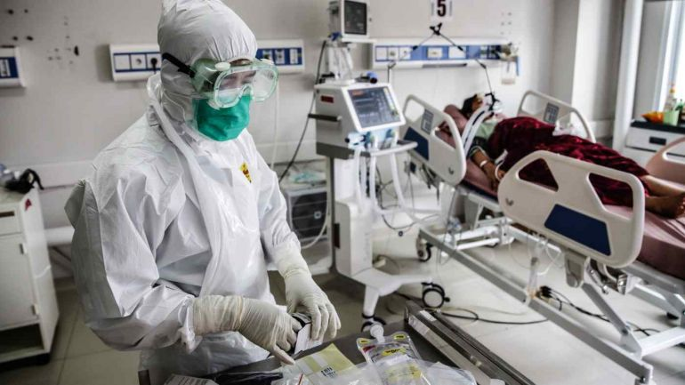 Indonesia vượt Ấn Độ trở thành 'tâm chấn COVID-19' mới của châu Á