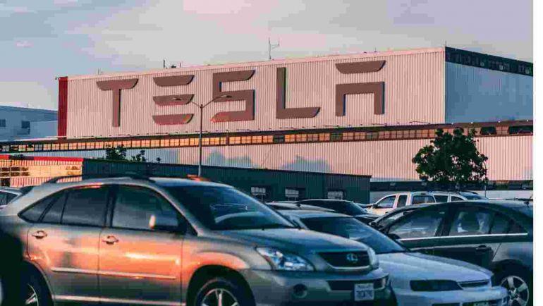 Huawei hợp tác với BYD gây áp lực lên Tesla