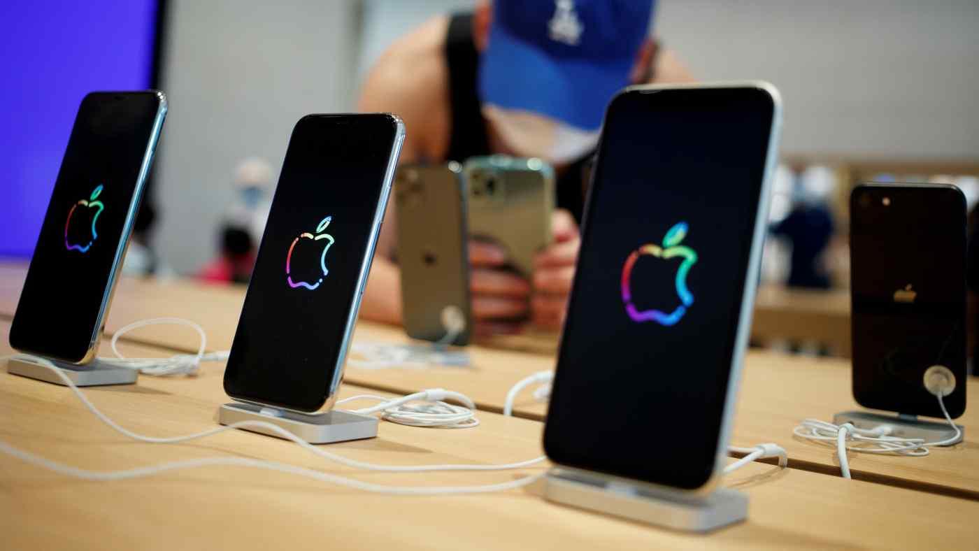 Apple sẽ sử dụng 5G cho dòng sản phẩm iPhone mang tính biểu tượng của mình vào năm tới vì nó có vẻ sẽ thúc đẩy doanh số bán hàng. © Reuters