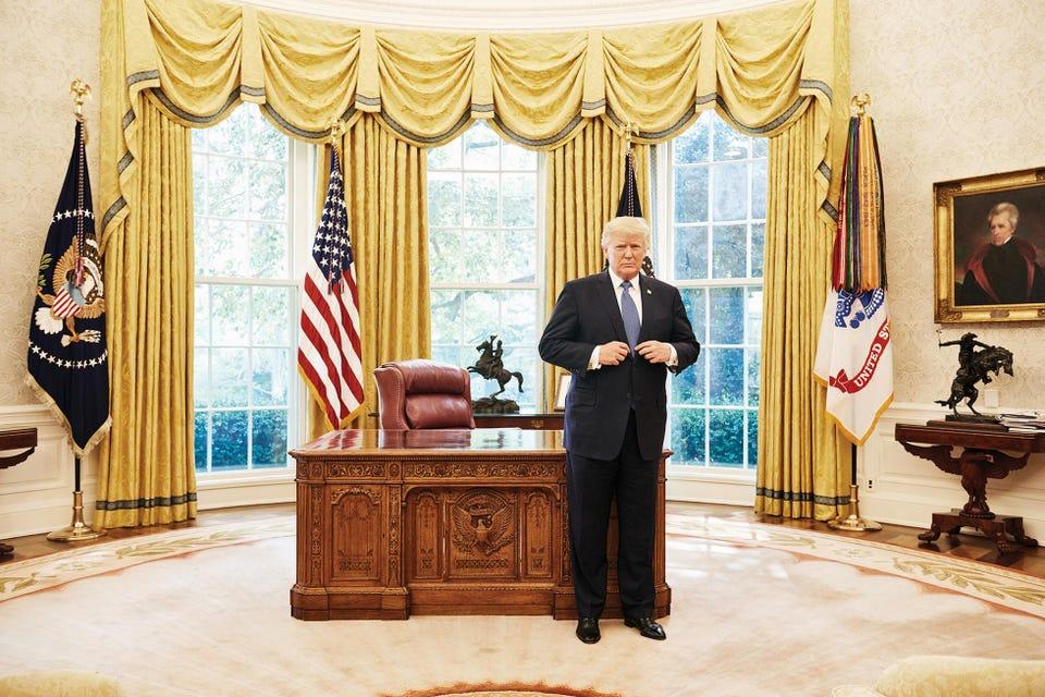 Cựu Tổng thống Donald Trump (Nguồn: Forbes).